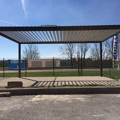 BIOCLIMATIC PERGOLA AGAVA – showroom solution for distributer. FRANCE. Production & supply.