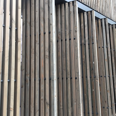PROJECT – dynamic facade – FRANCE – BAGNOLET – Wood sunbreakers Type XL 500. Engineering, conception, production, supply, installation.