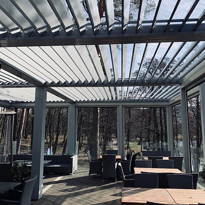 9 x BIOCLIMATIC PERGOLA AGAVA SL 160/28 – standard solution for distributer in Russia. 110m2, 23 LED lights, type 2. Production and supply.
