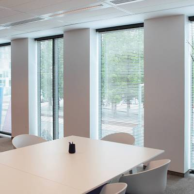 PROJECT COMMERCIAL BUILDING – production of mirror blinds. Production, supply.