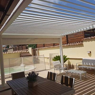 BIOCLIMATIC PERGOLA AGAVA SL , custom solution – in cooperation with distributer. SLOVAKIA. Production & supply.